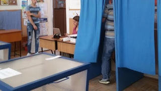 Mii de deţinuţi şi-au exercitat dreptul la vot în penitenciare