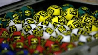 Vrei să câştigi la Loto? Iată numerele extrase duminică!