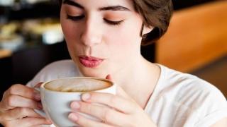 Vrei să fii sănătos? Bea cafea!
