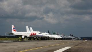 Alertă din cauza vremii pe Aeroportul Otopeni! Avioanele nu au putut ateriza