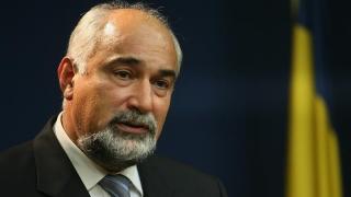"""V. Vosganian: """"Eu rămân în continuare la ideea că politicul se va recupera numai prin cultură"""""""