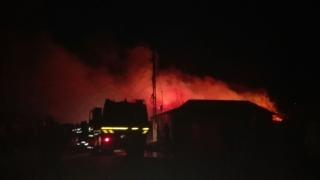 Pompierii, în alertă! Arde o casă în Năvodari!