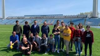 """La inițiativa FC Farul, acțiune de ecologizare și igienizare la stadionul """"Gheorghe Hagi"""""""