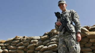 Un general Air Force devine prima femeie la conducerea unui comandament combatant