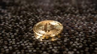 Bitcoin a împlinit zece ani!