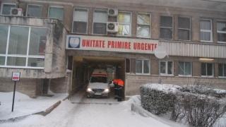 Zece cazuri sociale au fost transportate cu ambulanța la Spitalul Județean