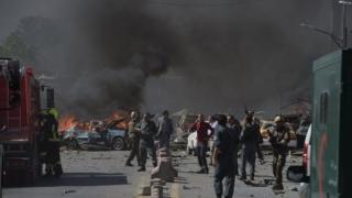 Zeci de morți și foarte mulți răniți în explozia unei mașini-capcană, în Kabul