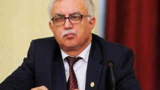 Zegrean: Suspendarea lui Iohannis nu are niciun impediment constituțional