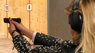 """Proba de tir cu arme de foc, inclusă în """"Constanța Corporate Games"""""""