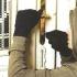 12 păgubiţi şi 4 bănuiți de comiterea mai multor infracțiuni de furt și tâlhărie