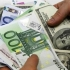 Dolarul a crescut la maximul ultimelor 8 luni în raport cu Euro
