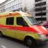 Doi răniți în stare gravă, după ce un vehicul a intrat într-un grup de cicliști