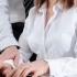 44% dintre angajaţii români s-au simţit hărţuiţi sexual la locul de muncă