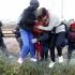 Arestați pentru că urmau să transporte 64 de imigranți spre vestul Europei