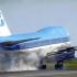 Incident aviatic: Un avion cu aproape 300 de călători a aterizat de urgență