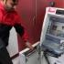 Hoţii români au dat iama în bancomatele din India