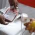 Au donat sânge şi au primit bilete gratuite la festivalurile Untold şi Neversea