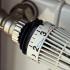 Factura la încălzire bagă-n datorii un român din patru