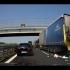 Cel puţin un mort şi zeci de răniţi după accidente în lanţ în Italia
