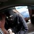 Grupare care fura mașini de lux din UE, sprijinită de funcționari români de la RAR