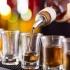 Românii cheltuie mai mult pe alcool decât pe haine?!