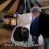 Realizatorul TV Jeremy Clarkson a făcut o glumă cu caracter rasist la adresa românilor