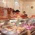 Peste 400 kg de carne, în valoare de aproximativ 10.000 de lei, confiscată în piețe
