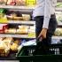 COVID-19. Cum se curăţă produsele cumpărate de la magazin pentru a ne feri de noul coronavirus