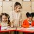 Care e vârsta potrivită ca să-l înscrii pe cel mic la cursuri de engleză pentru copii?