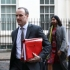 Val de demisii la nivel înalt în Marea Britanie, după acordul privind BREXIT