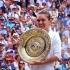 Halep va prezenta trofeul de la Wimbledon la bordul unui autobuz etajat