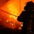Incendiu la un hotel din București. O persoană a suferit arsuri grave
