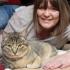 Întâmplare incredibilă! Schimbarea comportamentului pisicii i-a salvat viaţa!