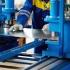 Forța de muncă ieftină din Europa de Est atrage investitorii, dar salariile sunt în creștere