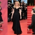 Julia Roberts șochează din nou, mergând desculță pe covorul roșu de la Cannes