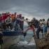 Lesbos, teatrul unor conflicte aşteptate! Refugiaţi vs localnici