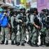 Lupte de stradă în Hong Kong. Poliţia a intervenit pentru dispersarea oamenilor ce protestează împotriva unei legi dorite de China