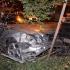 Oprit cu foc de armă, în timp ce conducea fără permis Mercedesul furat