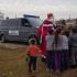 Moș Crăciun a ajuns la școlarii din Vâlcelele, adus de polițiștii de frontieră