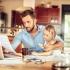 Opt din zece români vor să muncească de-acasă