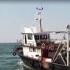 Un pescador românesc, la un pas de scufundare în Portul Midia