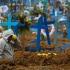 Nou epicentru al pandemiei de coronavirus, în formare. Experţi: Numărul deceselor se dublează la 2 săptămâni, faţă de 5 luni în Italia