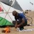 Palestinienii atacă Israelul cu zmeie și baloane incendiare. Aviația israeliană a ripostat în această dimineață