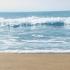 Pe litoral vremea se menține caldă