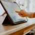 Peste 200 de table interactive vor ajunge la liceenii constănțeni