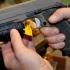 5 tineri cu dosar penal, după ce au creat panică, trăgând cu un pistol de jucărie
