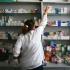 Plângeri în sezonul răcelilor: farmaciștii recomandă medicamente scumpe?!