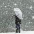 Vin ninsori şi ploi îngheţate în toată ţara