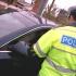 Amendat pentru gesturi obscene făcute în trafic unui polițist