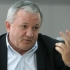 Porumboiu îi ia apărarea lui Șumudică în scandalul casei de pariuri